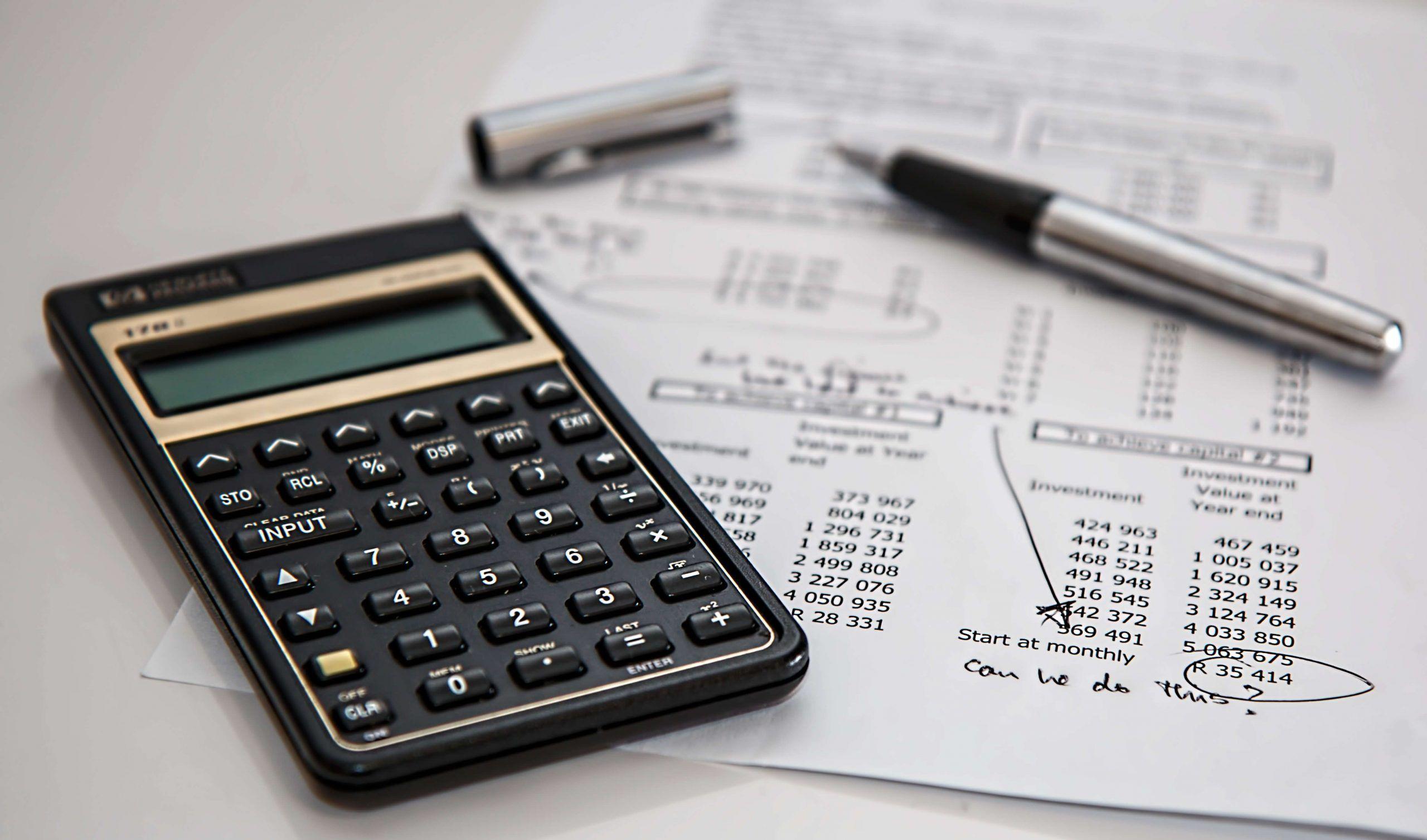 Finanzas: Funciones de Tesorería y Contraloría